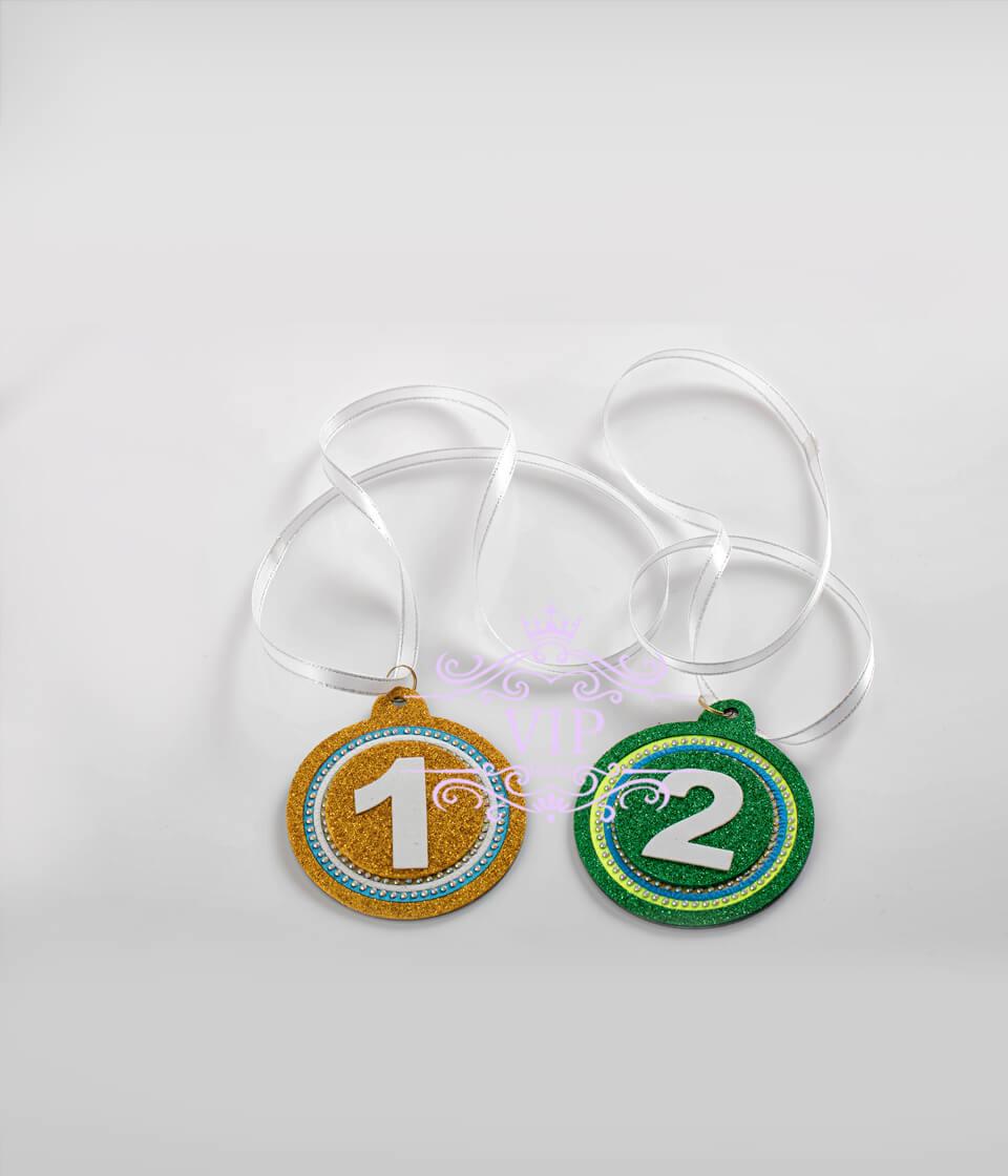 Медали  конкурсные цветные  голографические