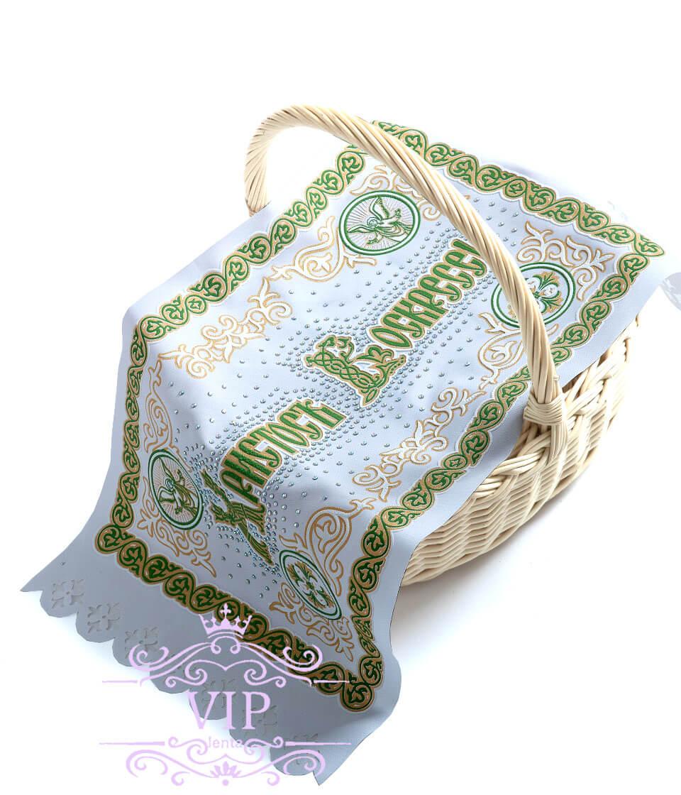 Зеленая с иконой со стразами пасхальная салфетка на корзину